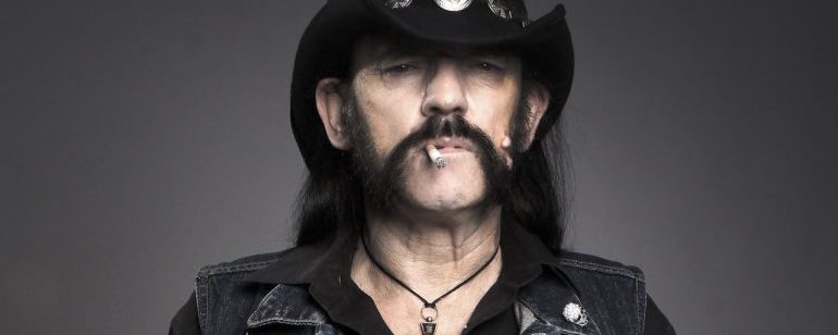 A lendária barba do Lemmy Kilmister